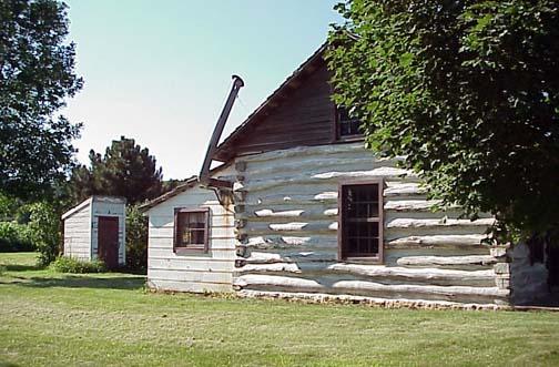 Side of Dee Log Cabin